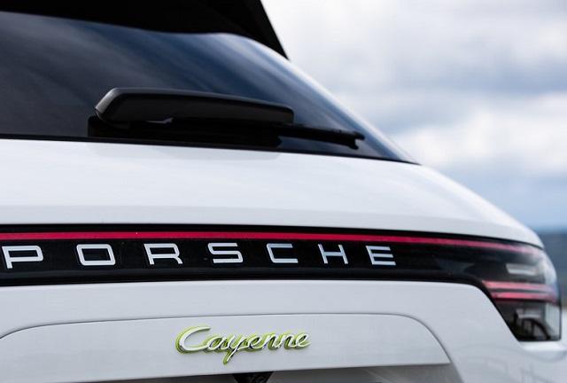 Гибридній SUV: Porsche Cayenne E-Hybrid 2019