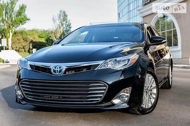 Toyota Avalon XLE Hybrid 2014